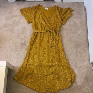 Sienna Sky, Yellow Polka Dot Dress w tie, Size L